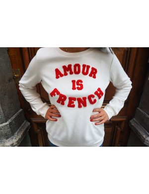 Sweat Amour is French Blanc
